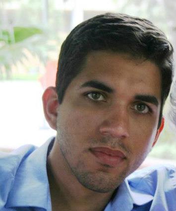 Eduardo Dennis : Alumni